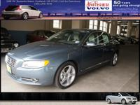 This 2013 Volvo S80 consists of a numerous plans
