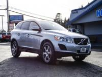 Clean Carfax AWD SUV with Sunroof!  Options:  2-Stage
