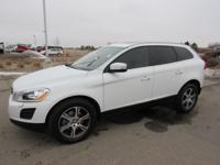 ONE OWNER. AWD. SUV buying made easy! At Courtesy