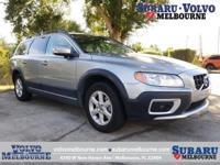 LOW MILEAGE 2013 VOLVO XC70 BASE**ONE OWNER**LOCALLY