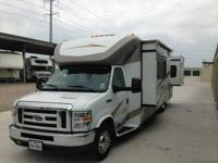2013 Winnebago Aspect 30C Class C. 2013 Winnebago