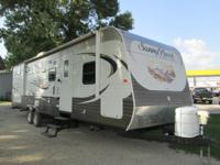 2013 Winnebago Sunset creek 340 BHDS for sale in