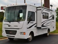WOW !!!! HERE IS A BEAUTIFUL RV AT AN AFFORDABLE PRICE