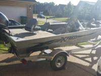 2013 Xpress striker 16 foot resembles new with a 2011