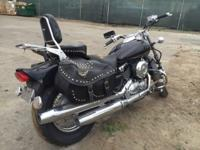 2013 Yamaha VSTAR650 Side leather bags, 16 K miles