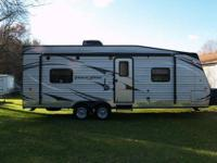 GULF STREAM TRACK & Trail Hauler 2013 Like New 30ft