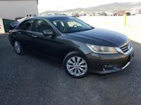 SALVAGE TITLE, COLLISION DAMAGE, LOT RUNS .... for more
