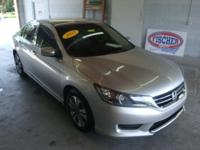 * 2013 Honda Accord LX ** 36 MPG ** MOONROOF ** Like
