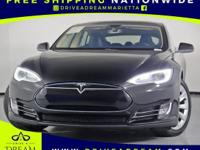 PERFORMANCE MODEL S! PANORAMIC SUNROOF! NAVIGATION