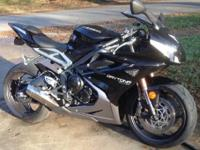 2013 Triumph Daytona 675. Garage kept- Fender