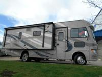 2014 ACE 27.1 Thor MotorCoach Fully loaded