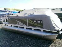 2014 Apex Marine 816 Perfectly sized for easy