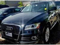 This Audi Q5 has a L4, 2.0L; FFV; DOHC 16V; Turbo high