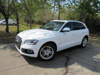 Options:  2014 Audi Q5 2.0T Quattro Premium|This 2014