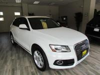 This used 2014 Audi Q5 in ROCKAWAY, NEW JERSEY gives