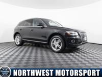 Clean Carfax One Owner AWD Diesel SUV with Navigation!