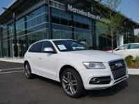 CARFAX One-Owner. Clean CARFAX. White 2014 Audi SQ5