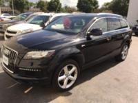 Looking for a clean, well-cared for 2014 Audi Q7? This
