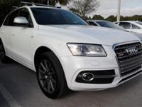 ****HARD TO FIND SQ5 MODEL****GLACIER WHITE OVER FINE