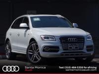 AUDI CERTFIED! 2014 Audi SQ5 Glacier White with Black