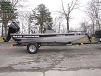 Boat HIN: BUJ25604E4142014 Mercury 40ELPT 4 Stroke