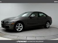 ONE OWNER and CLEAN CARFAX! 2014 BMW 3 Series 320i