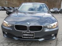 2014 BMW 320i Automatic 8-Speed   CARFAX 1 owner and