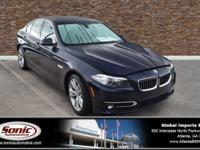 Delivers 30 Highway MPG and 20 City MPG! Carfax