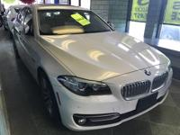 MINT MINT MINT and NAVIGATION. 535i xDrive, AWD, White,