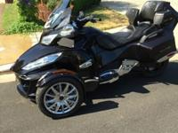 2014 Can Am Spyder RT Limited Black Currant in