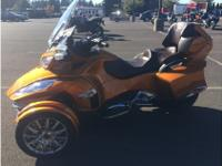 Trike Motorcycle, 1,447 mi.Spyder RT Limited a new