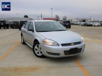 Clean CARFAX. w/ BLUETOOTH FREE 30 DAY WARRANTY,