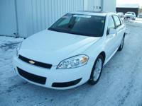Exterior Color: summit white, Body: Sedan, Engine: 3.6L