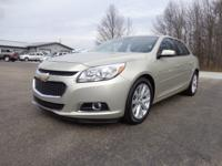 Exterior Color: beige, Body: Sedan, Engine: 2.5L I4 16V