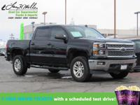 4WD, Low miles for a 2014! Bluetooth, Satellite Radio,