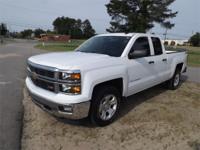 Exterior Color: white, Body: Pickup, Engine: V8 5.30L,