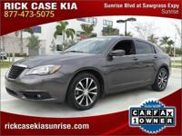 2014 Chrysler 200 Touring in Gray, Roadside Assistance,