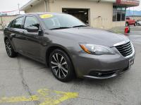 Options:  2014 Chrysler 200 4D Sedan Touring