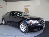 Options:  2014 Chrysler 300 4Dr Sdn Ltd Rwd|Gloss