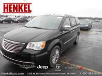 Options:  2014 Chrysler Town & Country