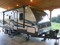 Length: 25 feet Year: 2014 Make: Crossroads RV Model: