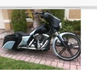 2014 Street glide custom built bagger, this bike has a