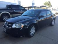 We are excited to offer this 2014 Dodge Avenger. Drive