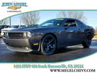 ONLY 26,412 Miles! R/T Classic trim. Bluetooth, CD