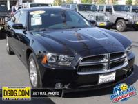 2014 Dodge Charger R/T HEMI WITH HID HEADLAMPS. Motor