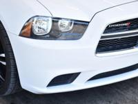 Options:  2014 Dodge Charger 4Dr Sedan Se Rwd|This 2014