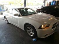 Come see this 2014 Dodge Charger SE. Its Automatic