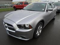 FUEL EFFICIENT 31 MPG Hwy/19 MPG City! CARFAX 1-Owner,