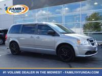 Come see this 2014 Dodge Grand Caravan SE. Its