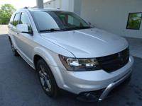 Come see this 2014 Dodge Journey Crossroad. Its